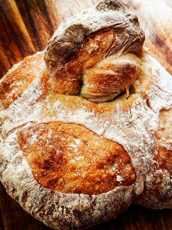 Галисийский хлеб (pan gallego).